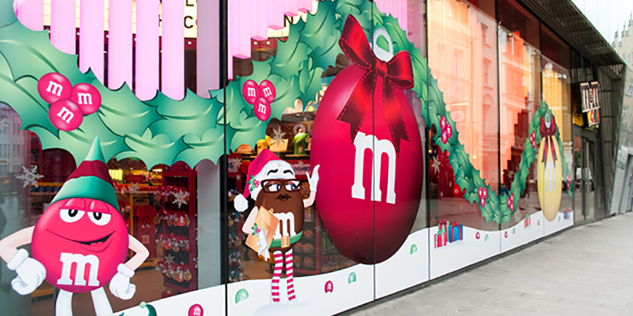 M&M World graphics