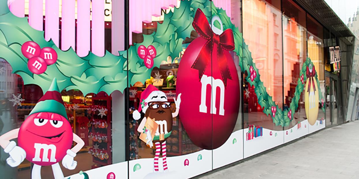 M&M World graphics